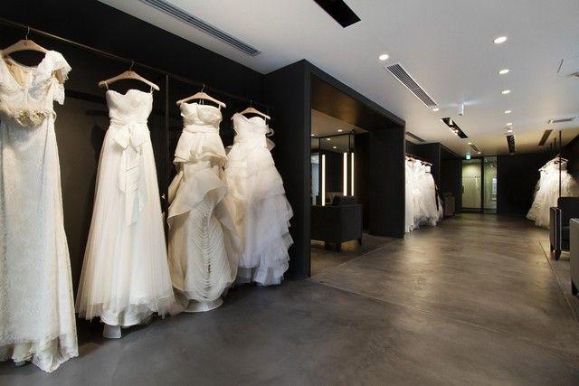 Vera Wang Unveils Japan Bridal Boutique Bridal Boutique Wedding Dress Store Bridal Boutique Interior
