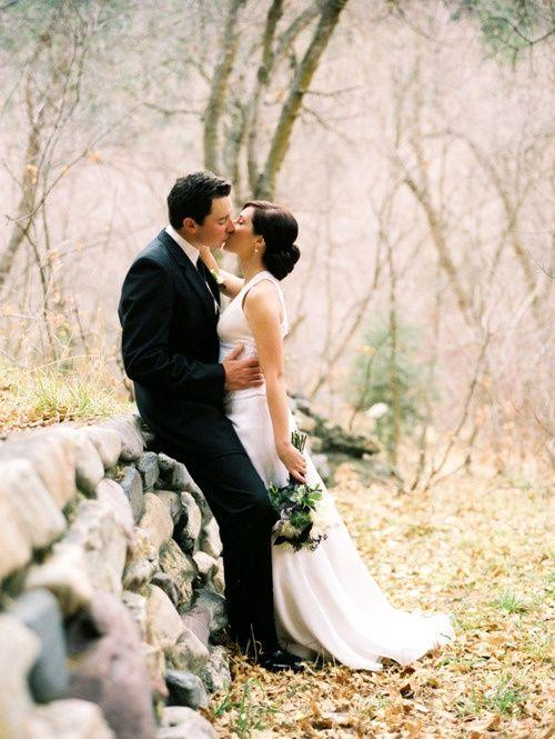Romantic Wedding Ideas Soft Romantic Wedding Pose Photography