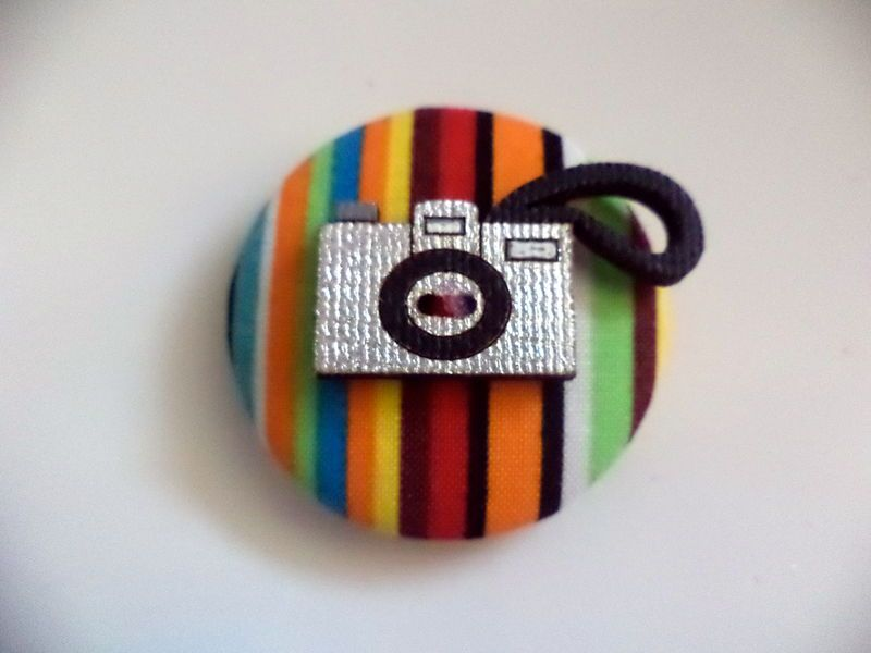 Broche Click! - Ana Tuyama - crafts