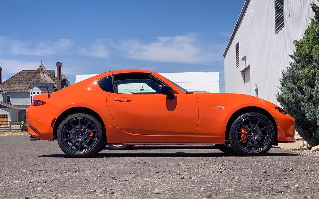 We Have A Very Special Visitor At The Shop Orange Nd 30thanniversary Recaro Veryorange Limitededition Mazda Miata Nd2 Rays