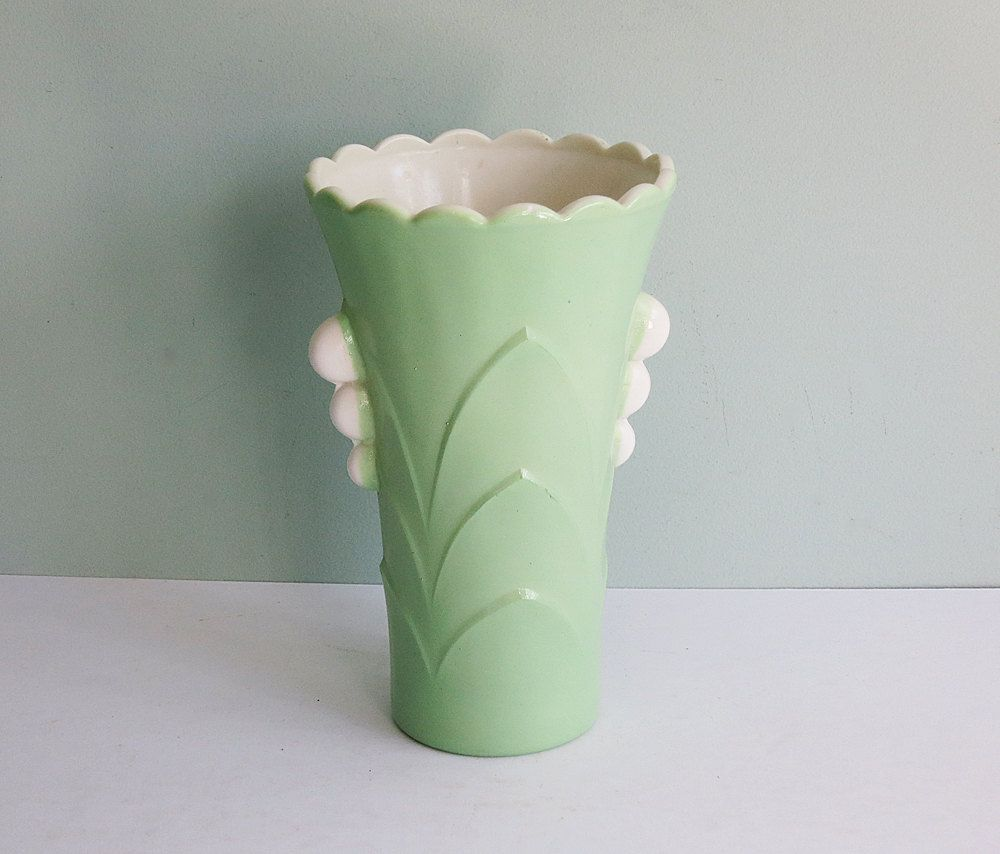 1930s art deco vitrock depression glass vase with a fired on 1930s art deco vitrock depression glass vase with a fired on jadeite green exterior reviewsmspy