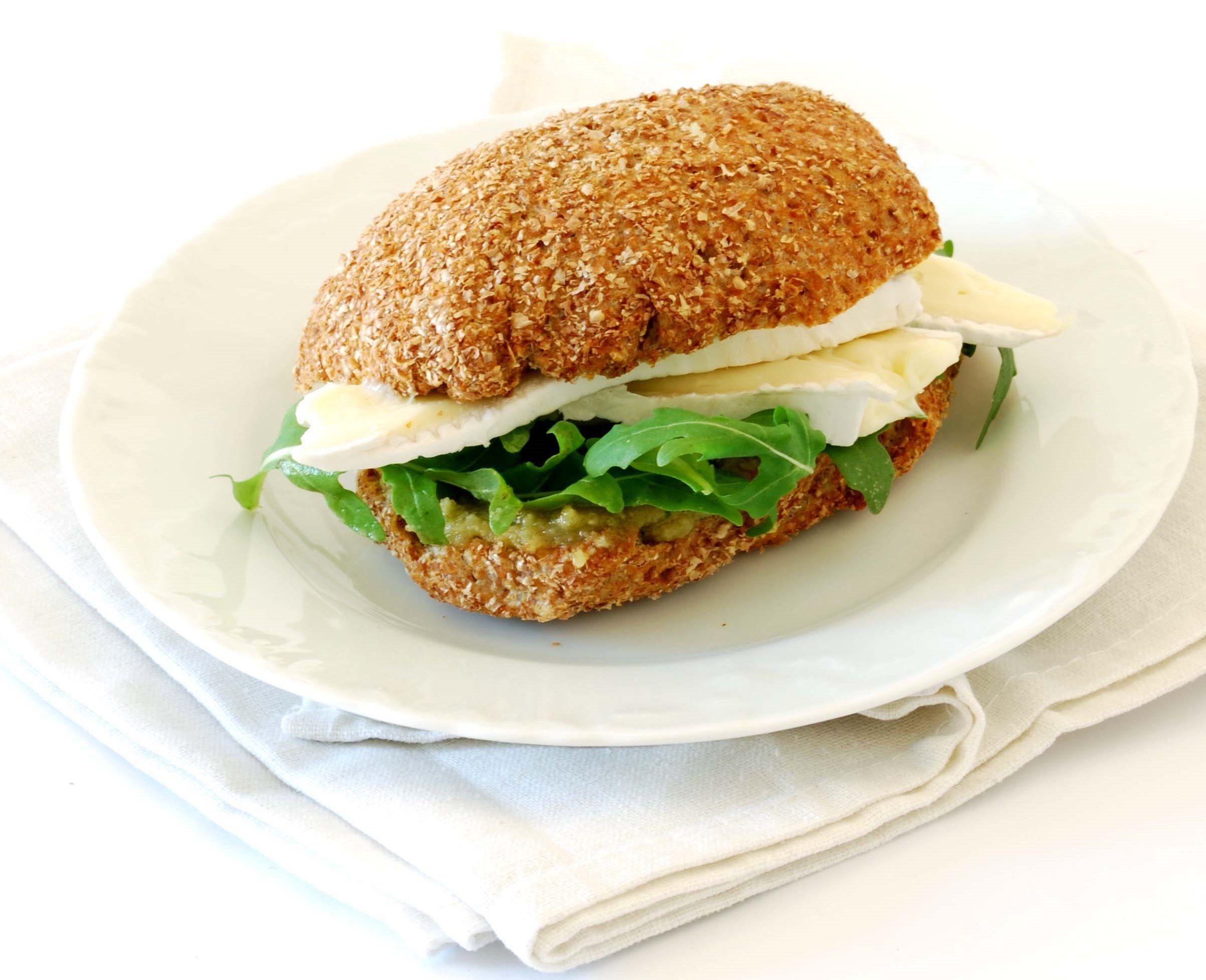 best images about panini toasts e sandwiches rucola brie e salsa alle noci