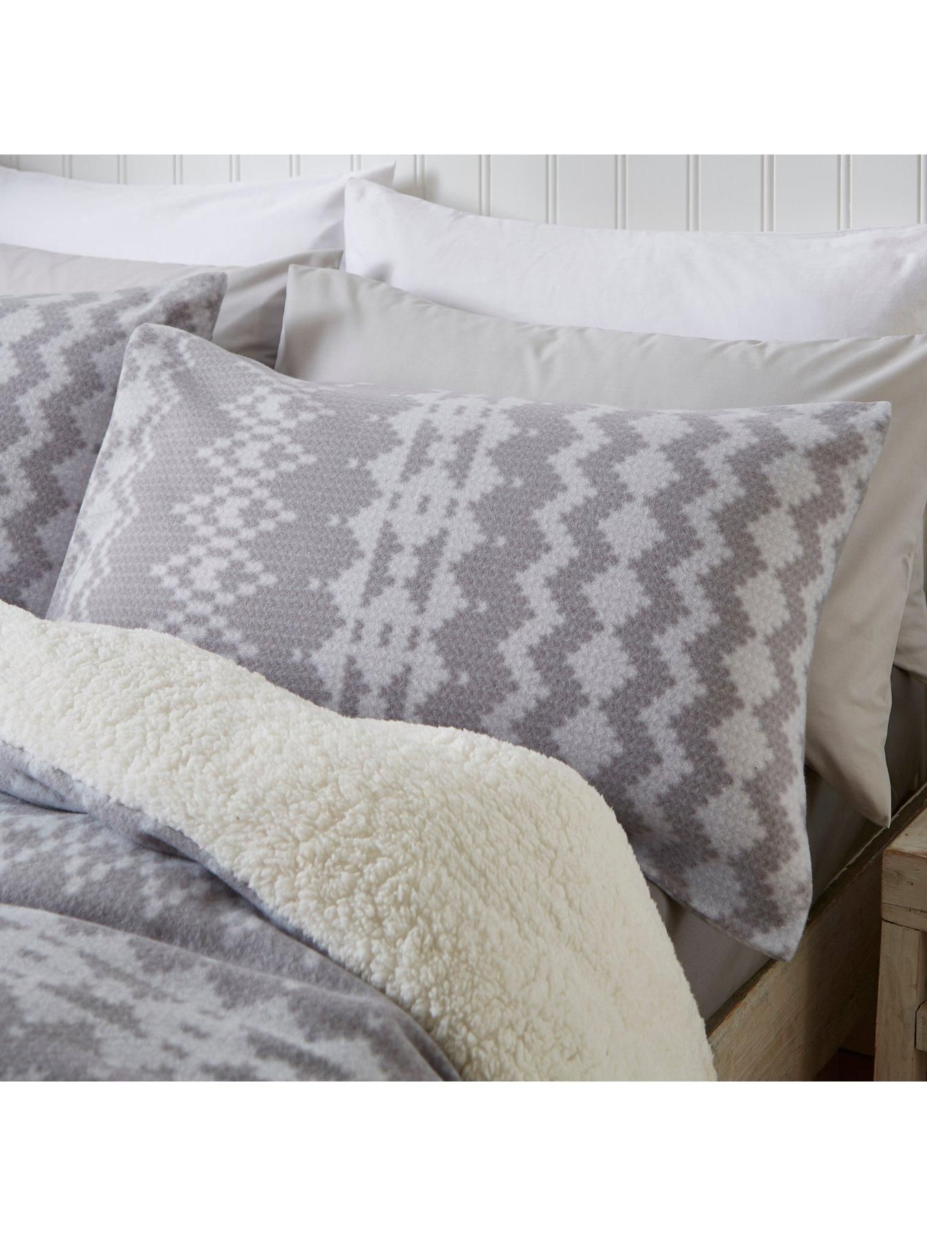 Catherine lansfield alpine fleece duvet cover set with