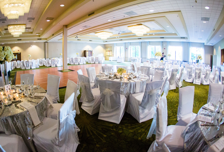 Turf Valley Wedding Grand Ballroom Pc Jessica Eastburn Resort Wedding Ballrooms Ballroom