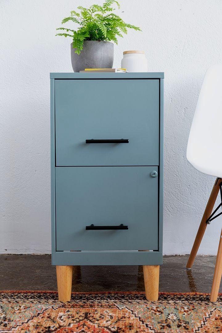 DIY Filing Cabinet Makeover #DIY #spraypaint #filingcabinet