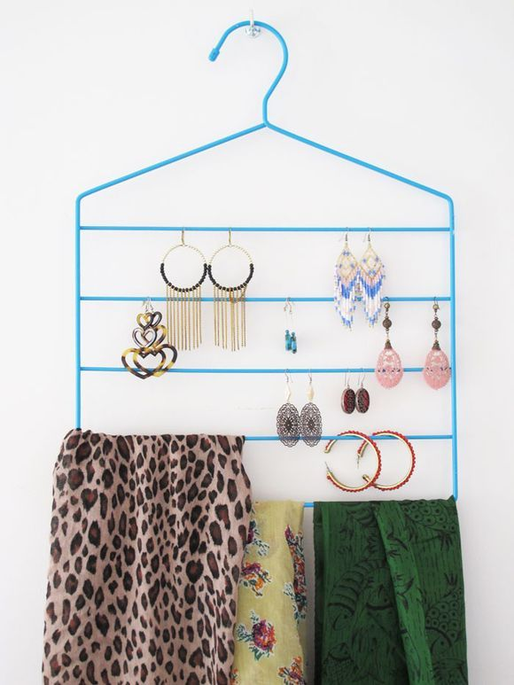pants hanger for accessories organization / magazine rack