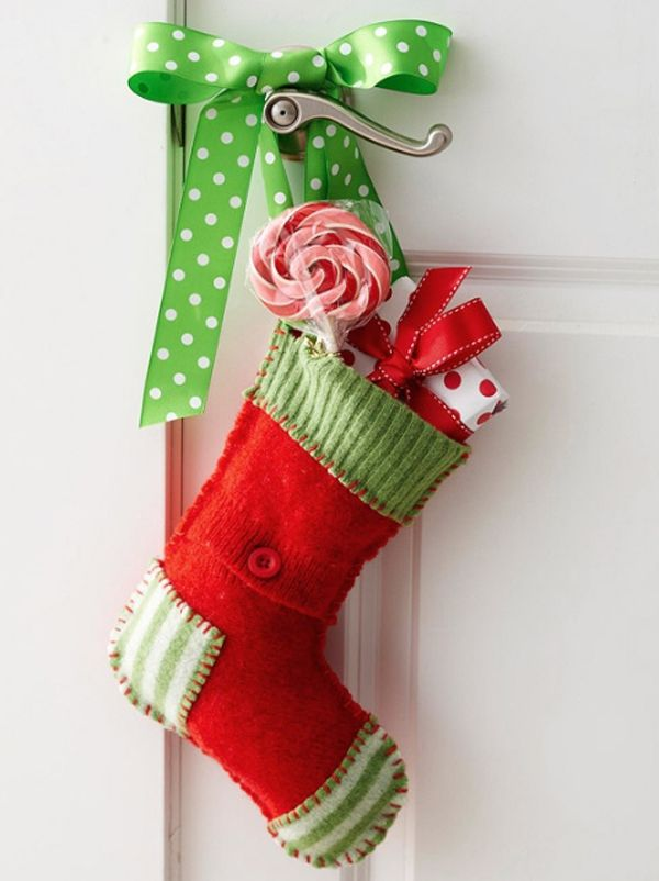 cool christmas door decorating ideas - Christmas Stocking Decorating Ideas
