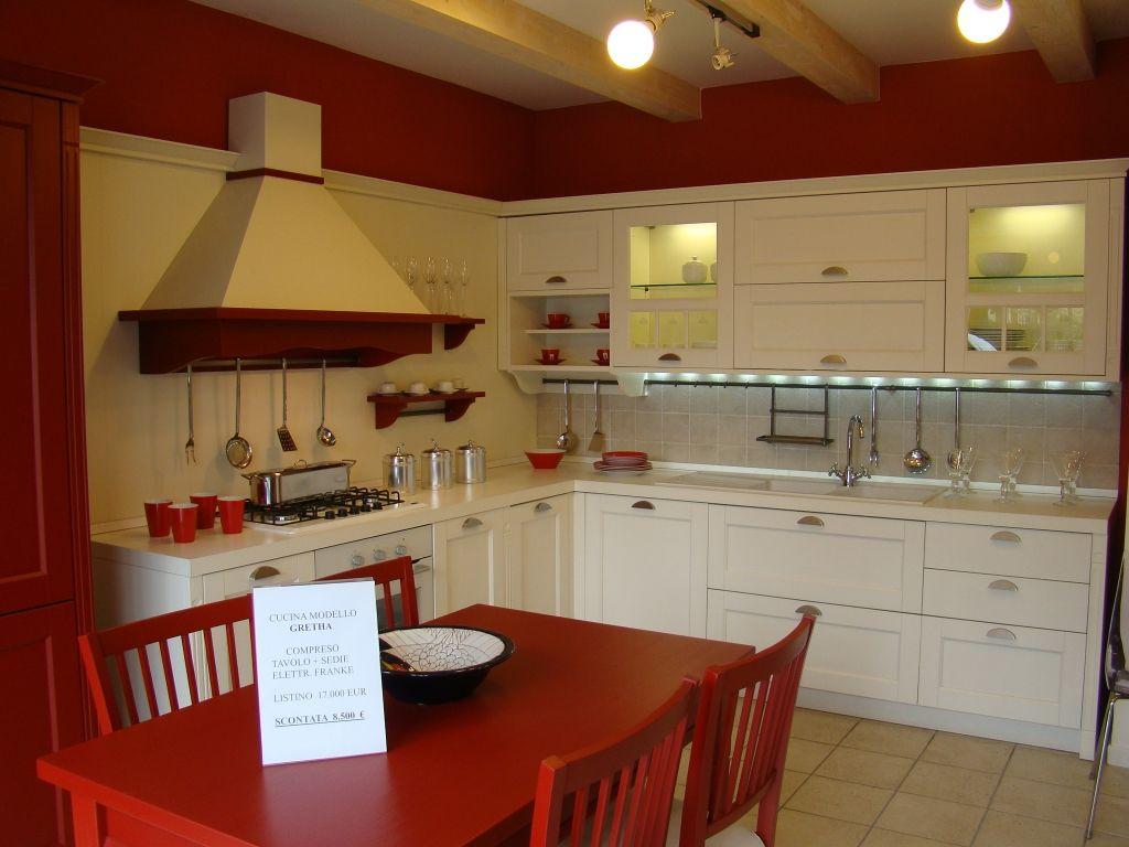Cucina mod. Gretha VENETA CUCINE stile country su www ...