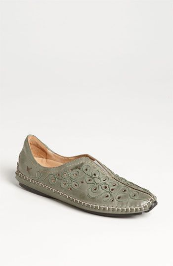 0a9a946adc2 PIKOLINOS Jerez Embroidered Loafer