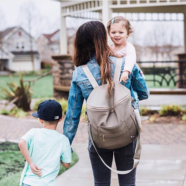 Diaper Bags Fawn Design On Instagram I Always Love Seeing Our Bag On Latishaspringer Making Us Look Too Goo Baby Diaper Bags Affordable Diaper Bag Mom Bags
