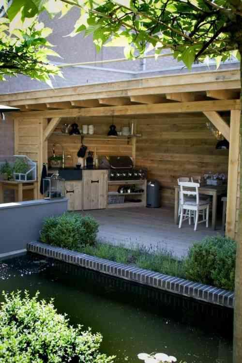 Barbecue fixe fonctionnel et esthétique dans le jardin moderne ...