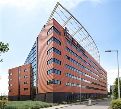 Het exclusieve Van der Valk Hotel RotterdamBlijdorp ligt