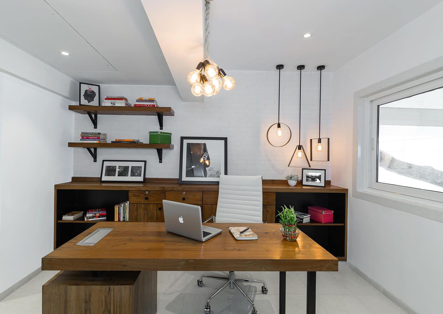 mumbai based contemporary office interior designers with excelent