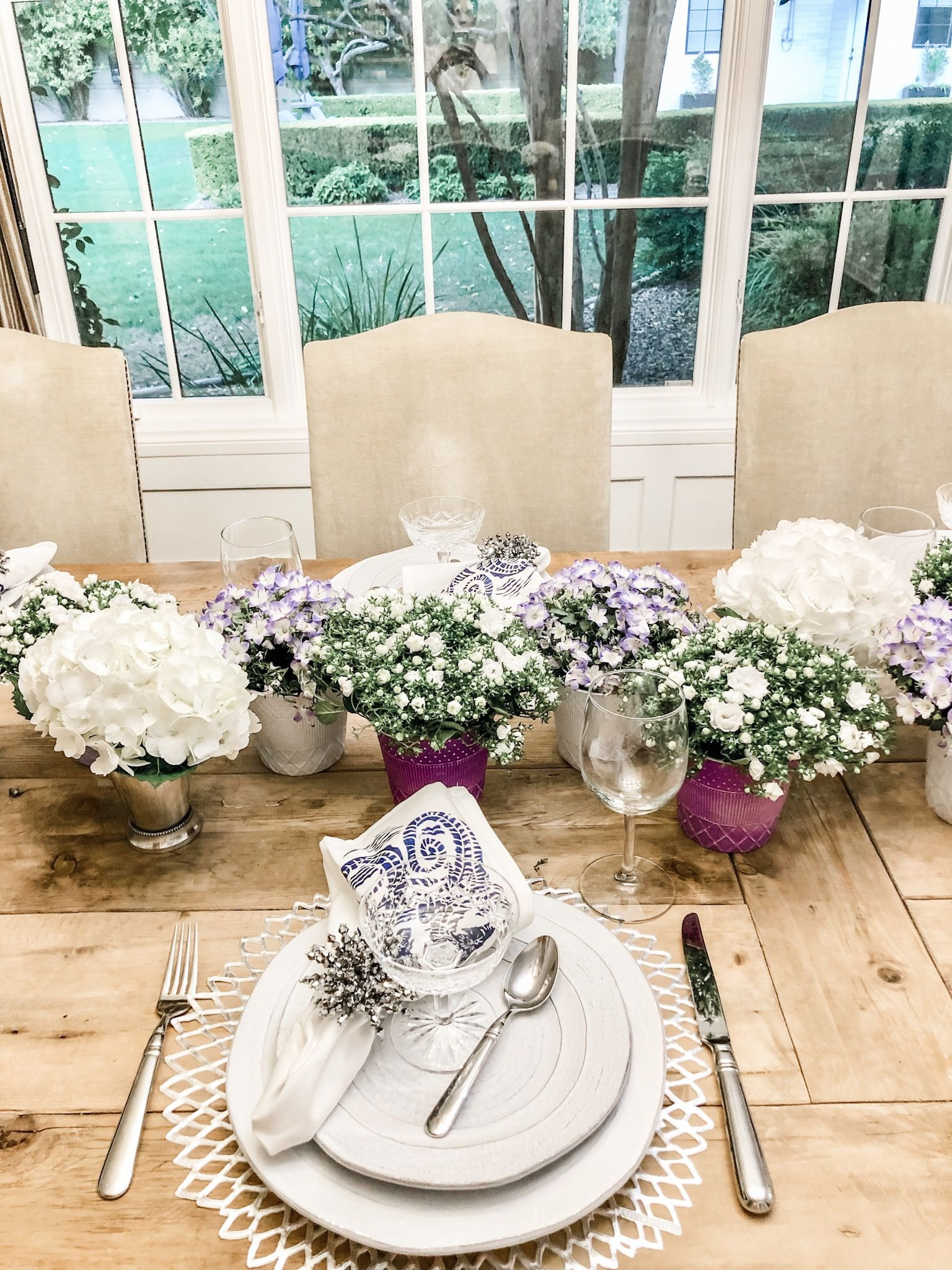 Purple And White Table Decor Easy Quick Ideas Table Decorations White Table Spring Table Settings