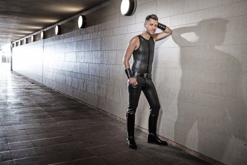 R Co Berlin Formerly Rob Twisted Leather Gear Berlin