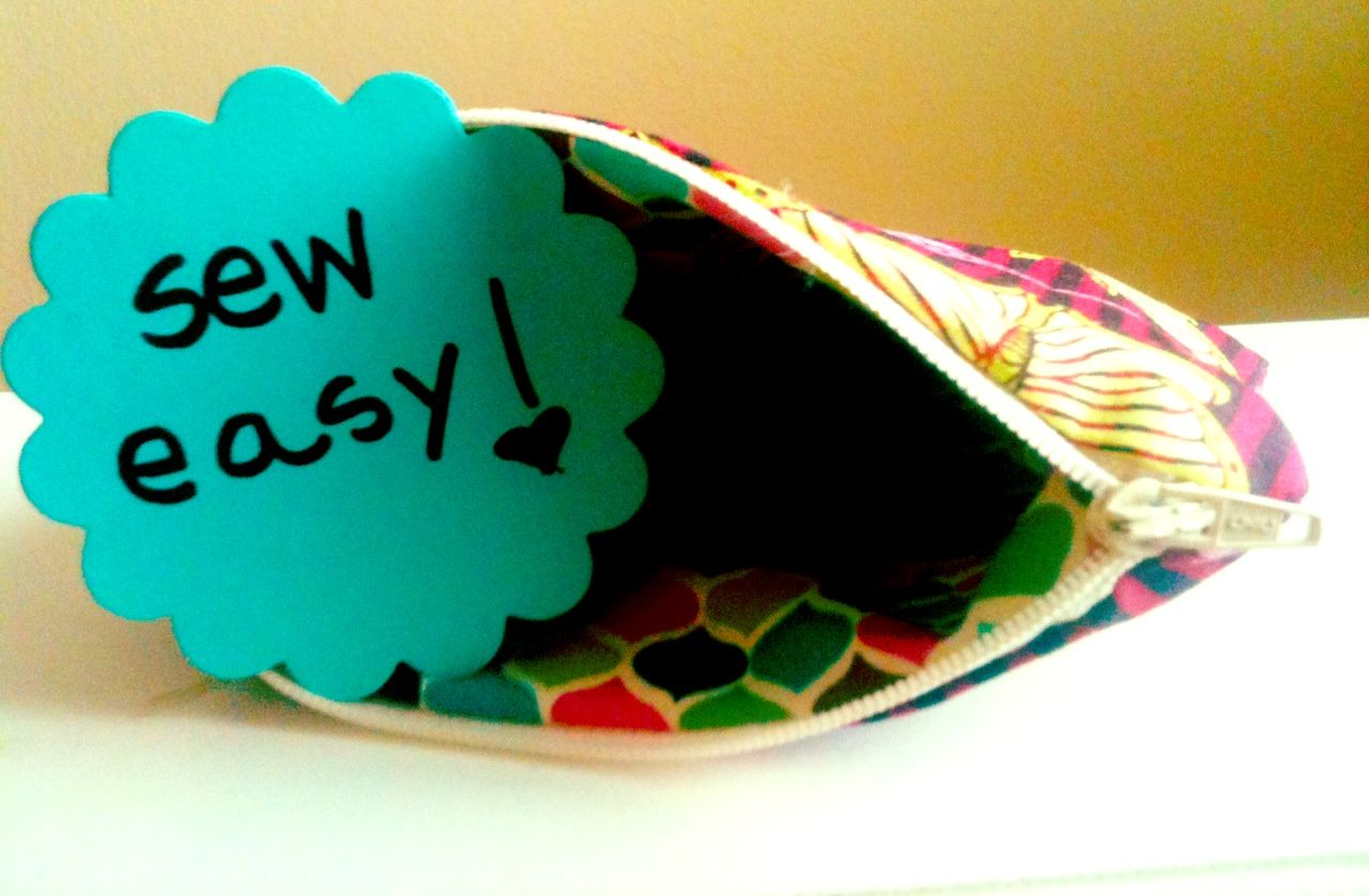 super easy lined zippered pouch tutorial