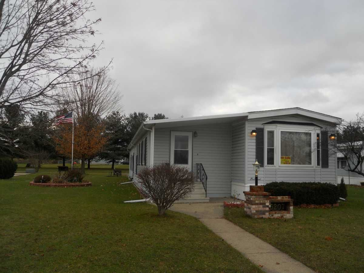 Parkwood Manufactured Home For Sale In Kalamazoo Mi 49004 90kathy