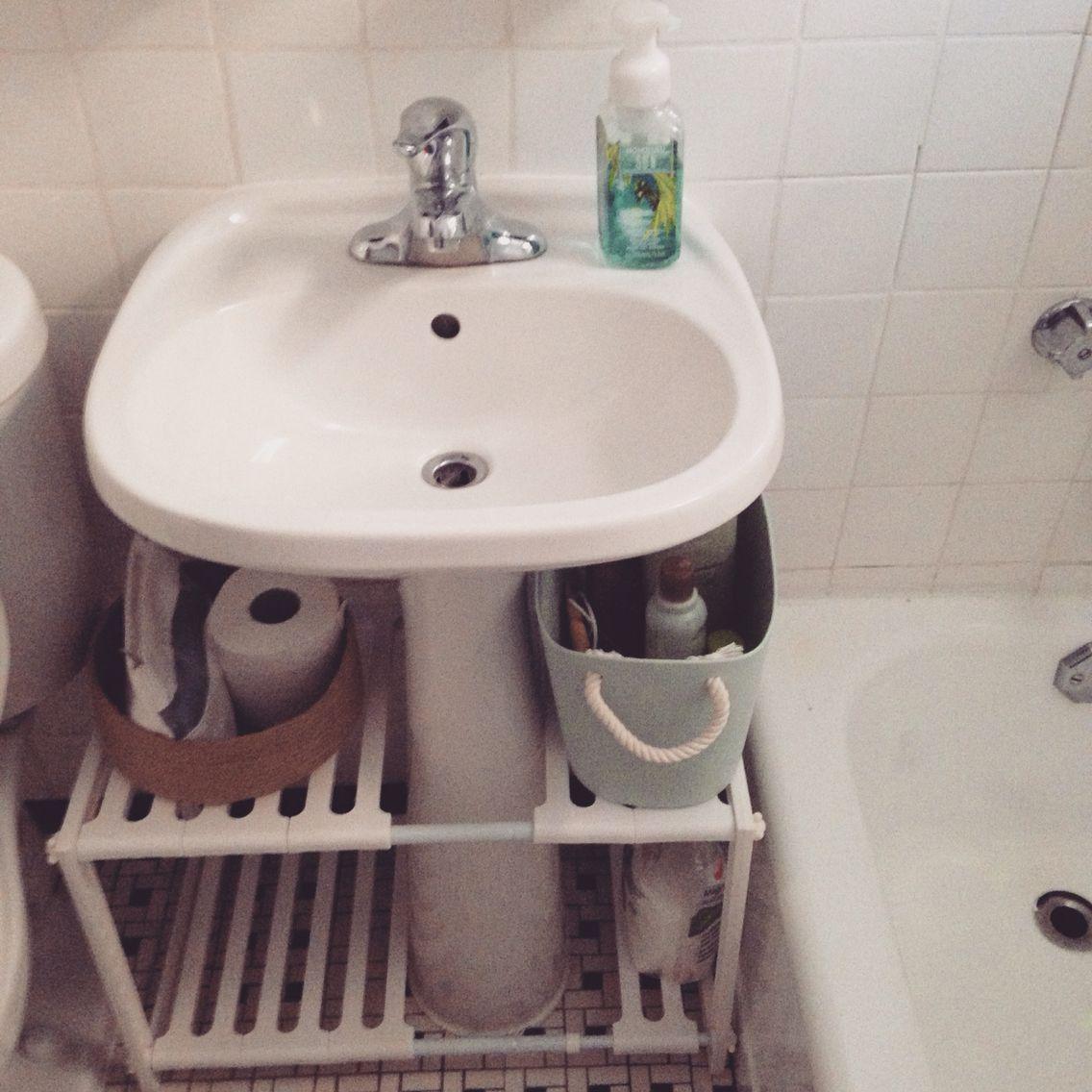 20 Clever Pedestal Sink Storage Design Ideas Tiny Bathroom