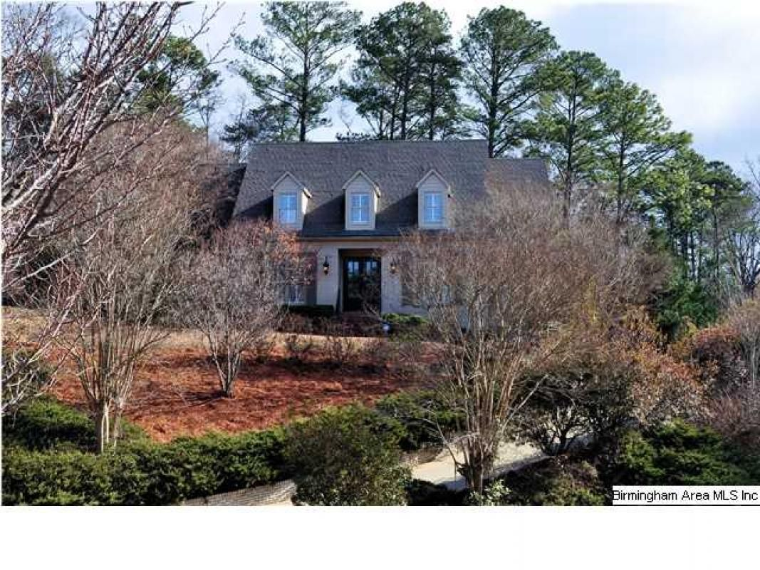 Don't miss our gorgeous new listing - so spacious with a floorplan and features you'll love! #homesforsale #birminghamal