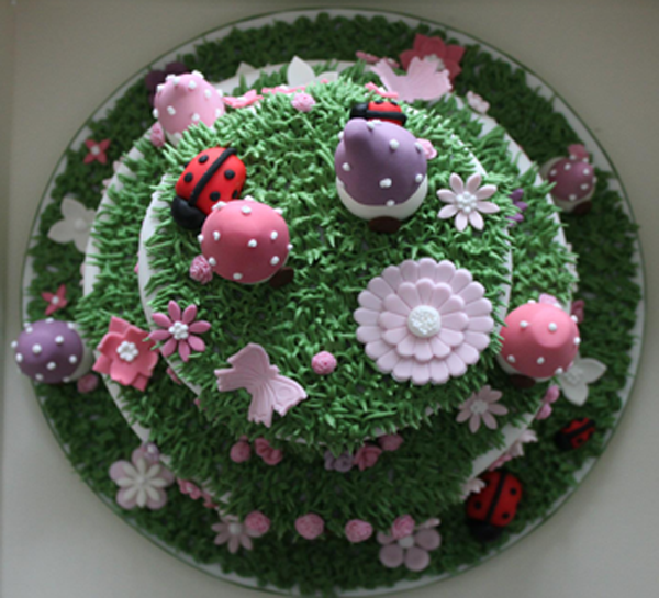 Enchanted Garden birthday cake - the view from above ...