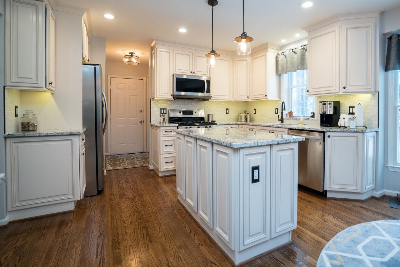 Kitchen Remodeling In Centerville, VA   Kitchen U0026 Bath Remodeling/Cabinets  | USA Cabinet Store