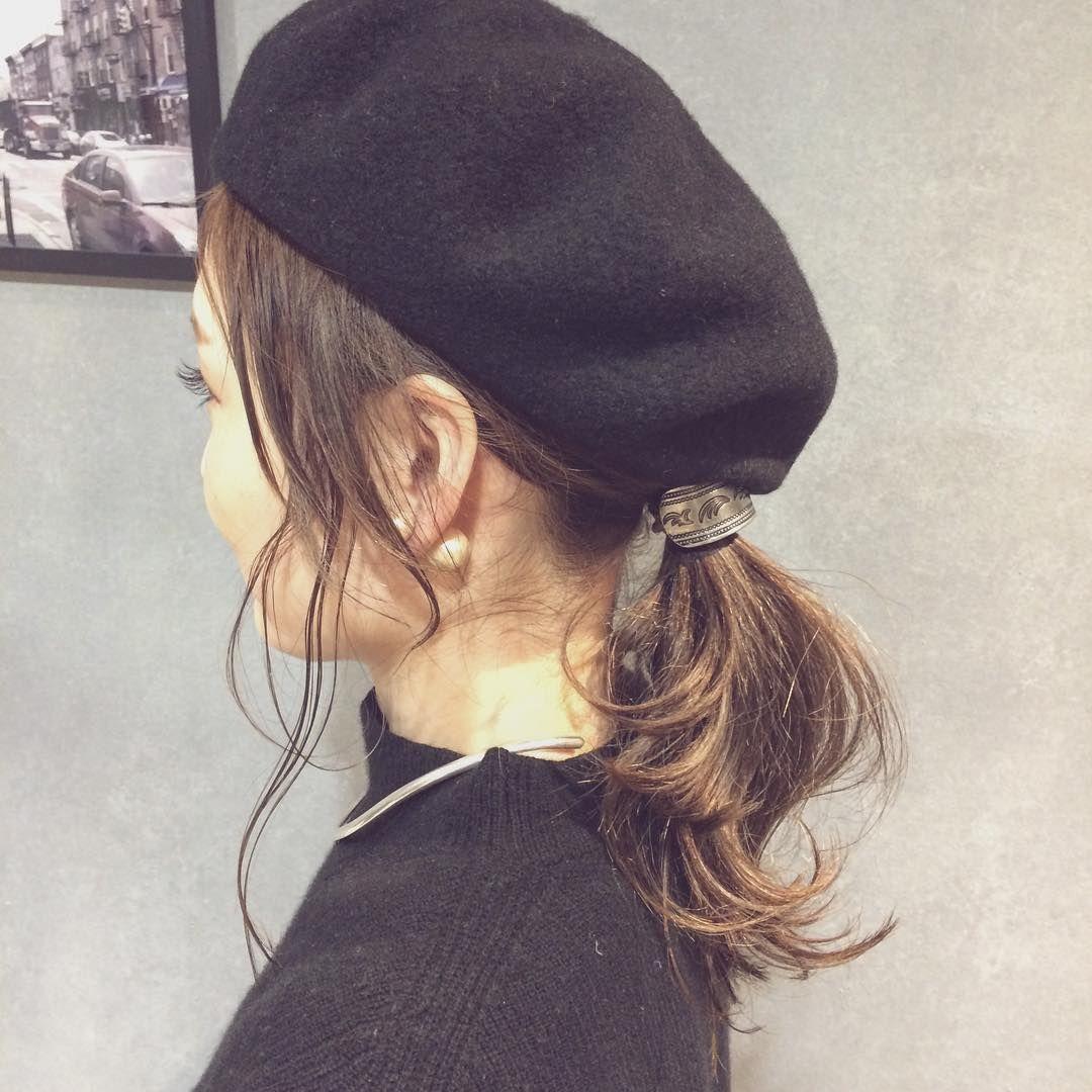 ベレー帽をおしゃれに見せる トレンド感のあるヘアアレンジ 2ページ