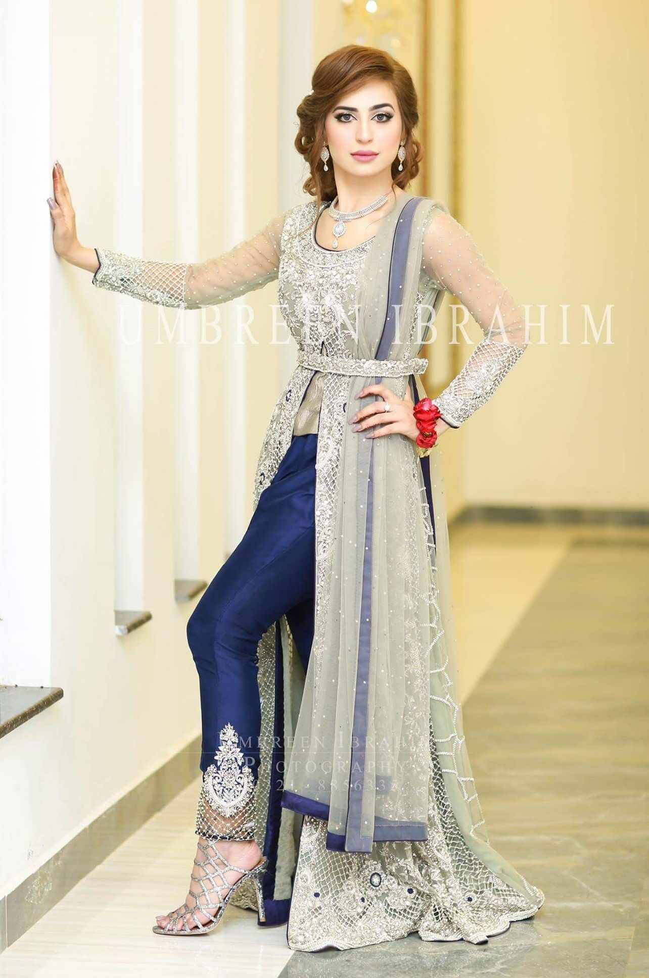 Fashion style Wedding of Pics dresses in pakistan pictures for girls