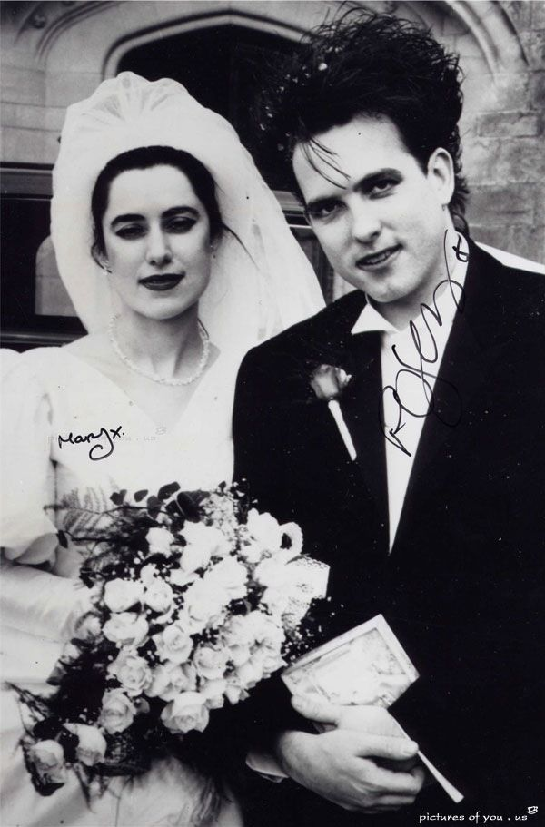 Robert Smith and his wife Mary Poole | The Cure in 2019
