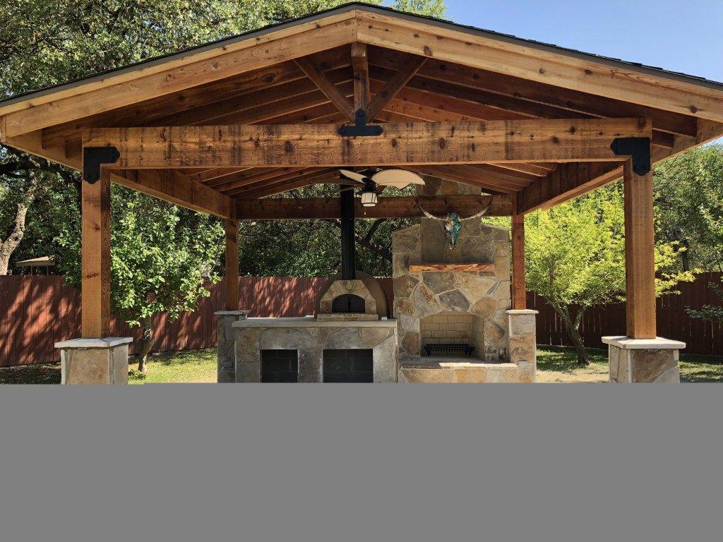 Best Outdoor Kitchen Design With Farmhouse Style 32 Outdoor Kitchen Design Layout Outdoor Kitchen Design Outdoor Kitchen