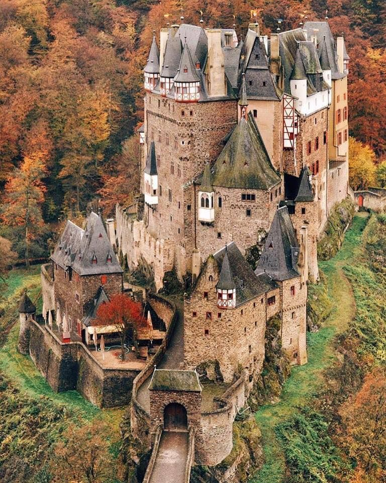 Burg Eltz Castle Germany Germany Castles Burg Eltz Castle Beautiful Castles