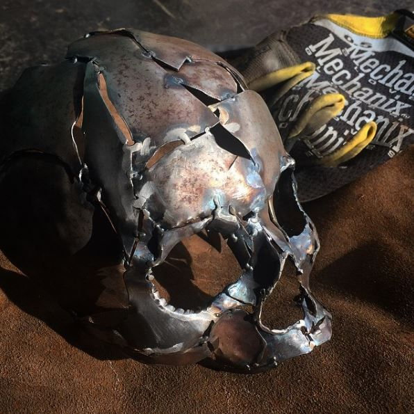 Weld by shane against the machine on instagram for Cool things to weld