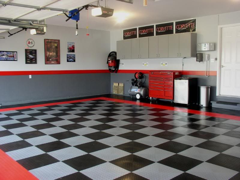 Diamond Grid Loc Garage Tiles Are Easy To Install Modular Garage Floor  System. Custom Patterns Can Be Formed To Make A Personalized Garage Floor  Covering.