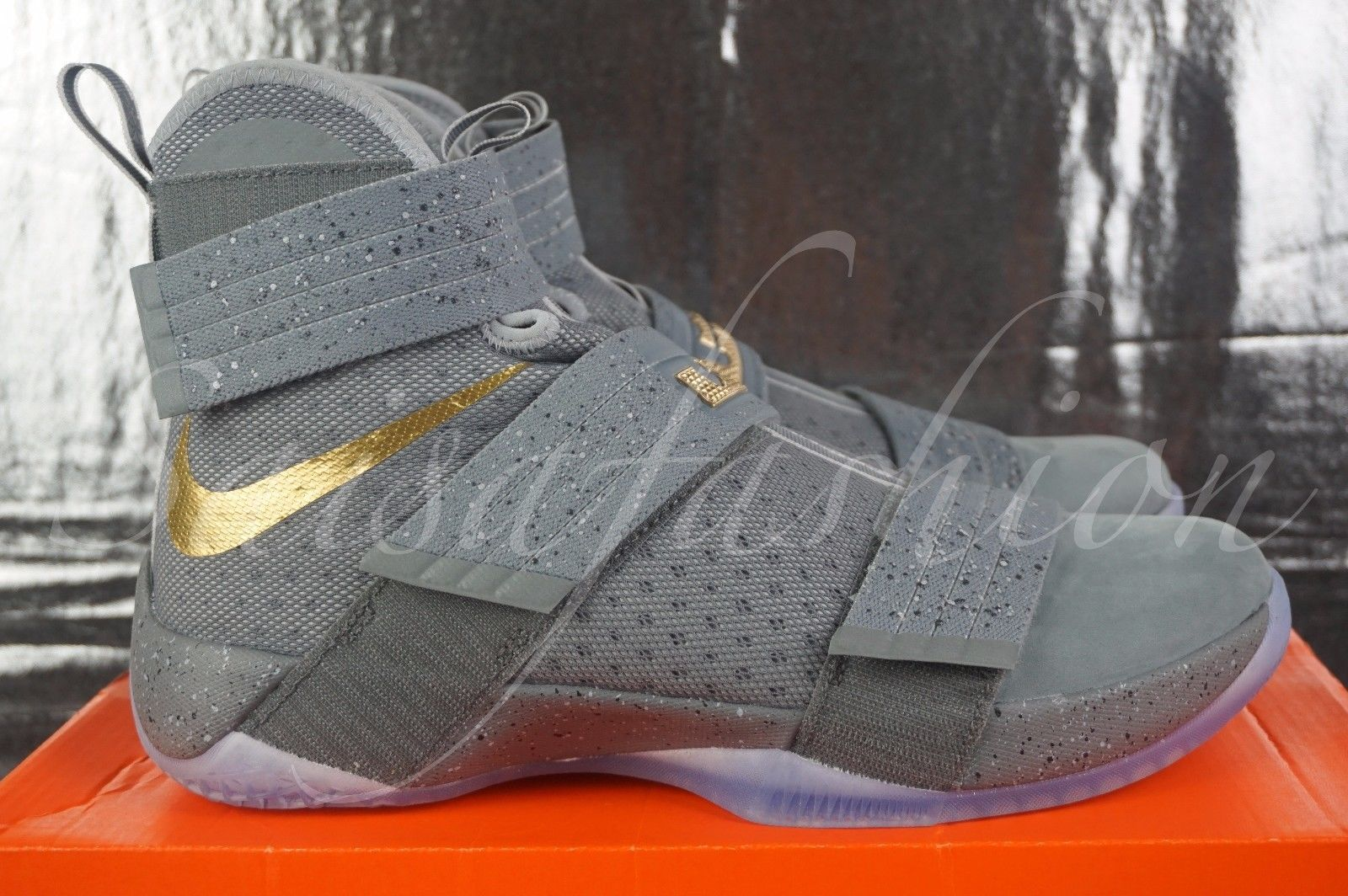 big sale c8ada 56df2 Nike Lebron Soldier 10 SPG PE Battle Grey Gold 899620-010 ...