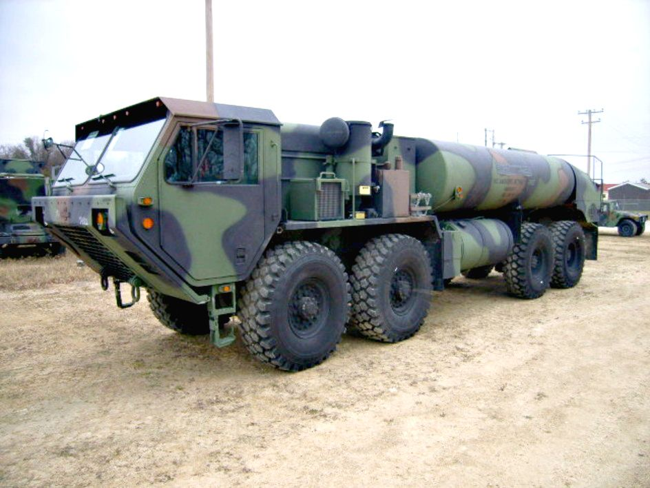 Now this is a truck 2008 oshkosh tanker truck on