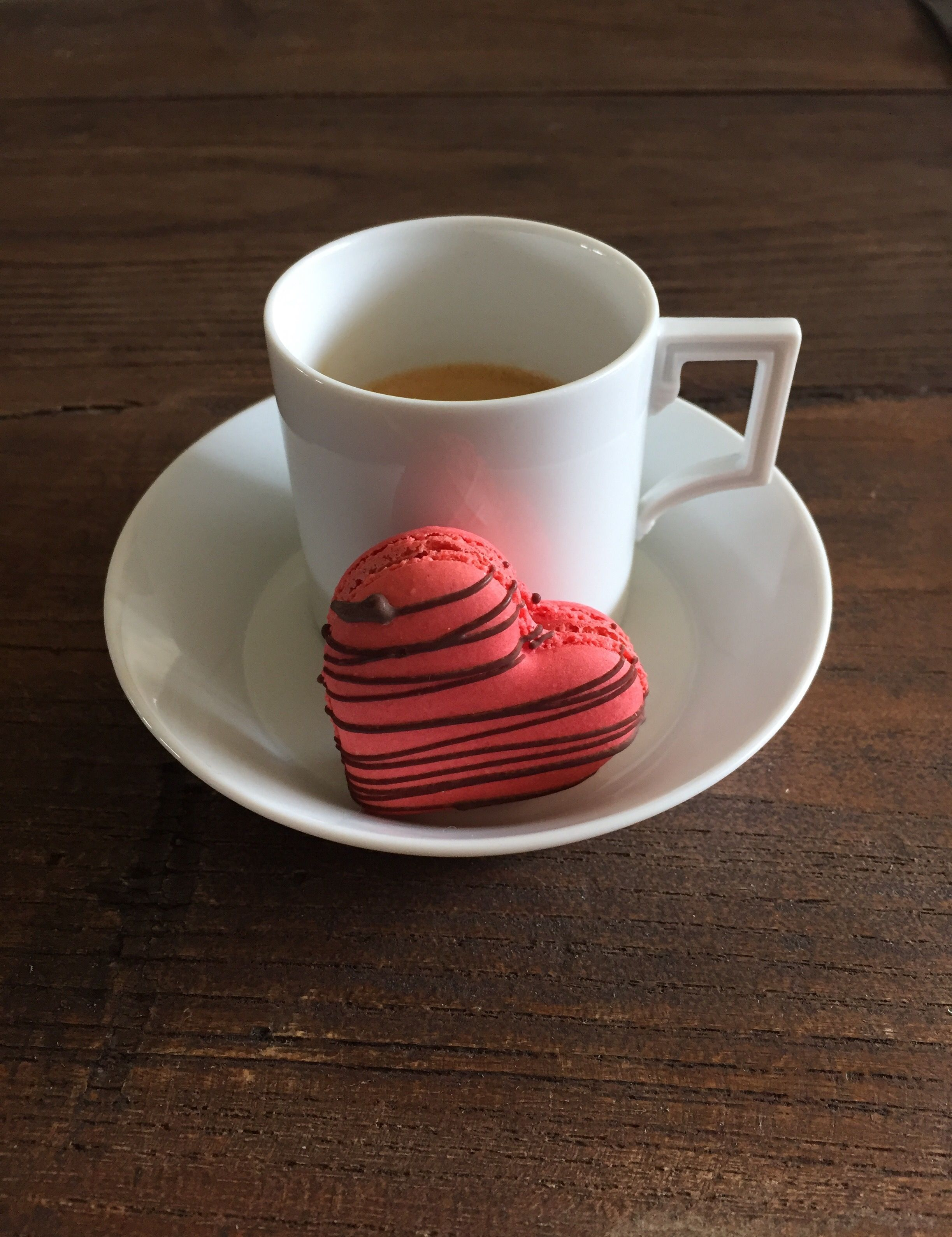 My weekend tastes better with espresso and macarons by