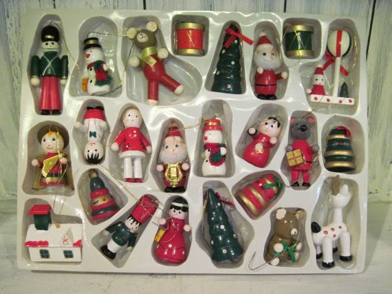 Wooden Christmas Decorations Set