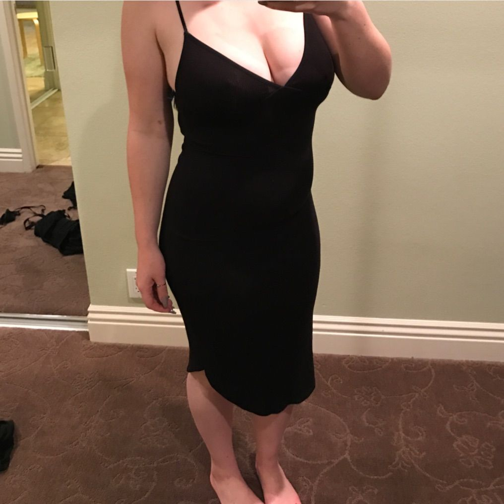 Stretchy tight black dress products