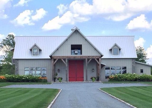 bcad452299 His party barn is nicer than my house. My oh my! Luke Bryan House