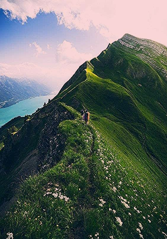 Photo of The 10 Best Hikes in Switzerland