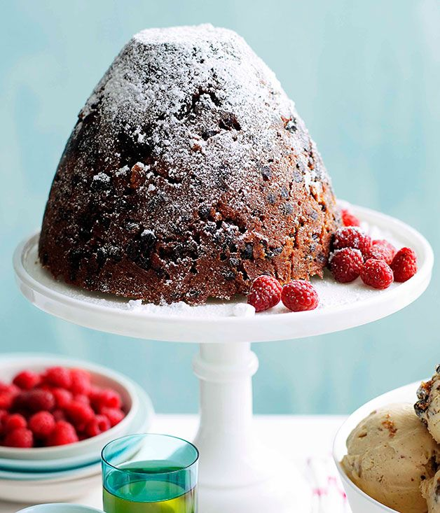 79d0bd81f4023 Australian Gourmet Traveller recipe for rich Christmas pudding with muscat  custard.