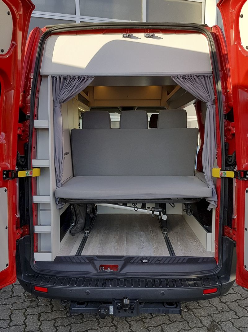ford transit custom wohnmobilausbau innenausstattung wohnmobil camping bus ausbau. Black Bedroom Furniture Sets. Home Design Ideas