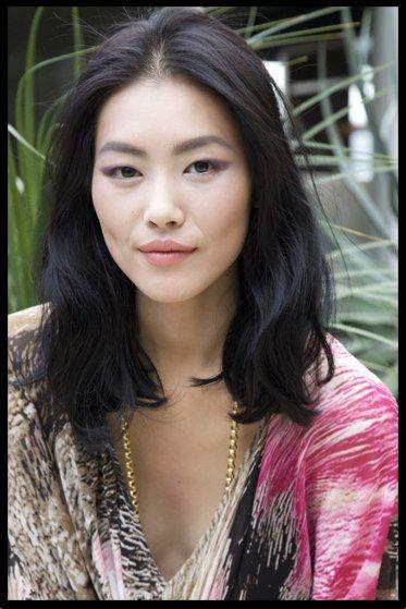 Pin By Pauline Fowler On Haircuts Hair Styles Medium Hair Styles Asian Hair