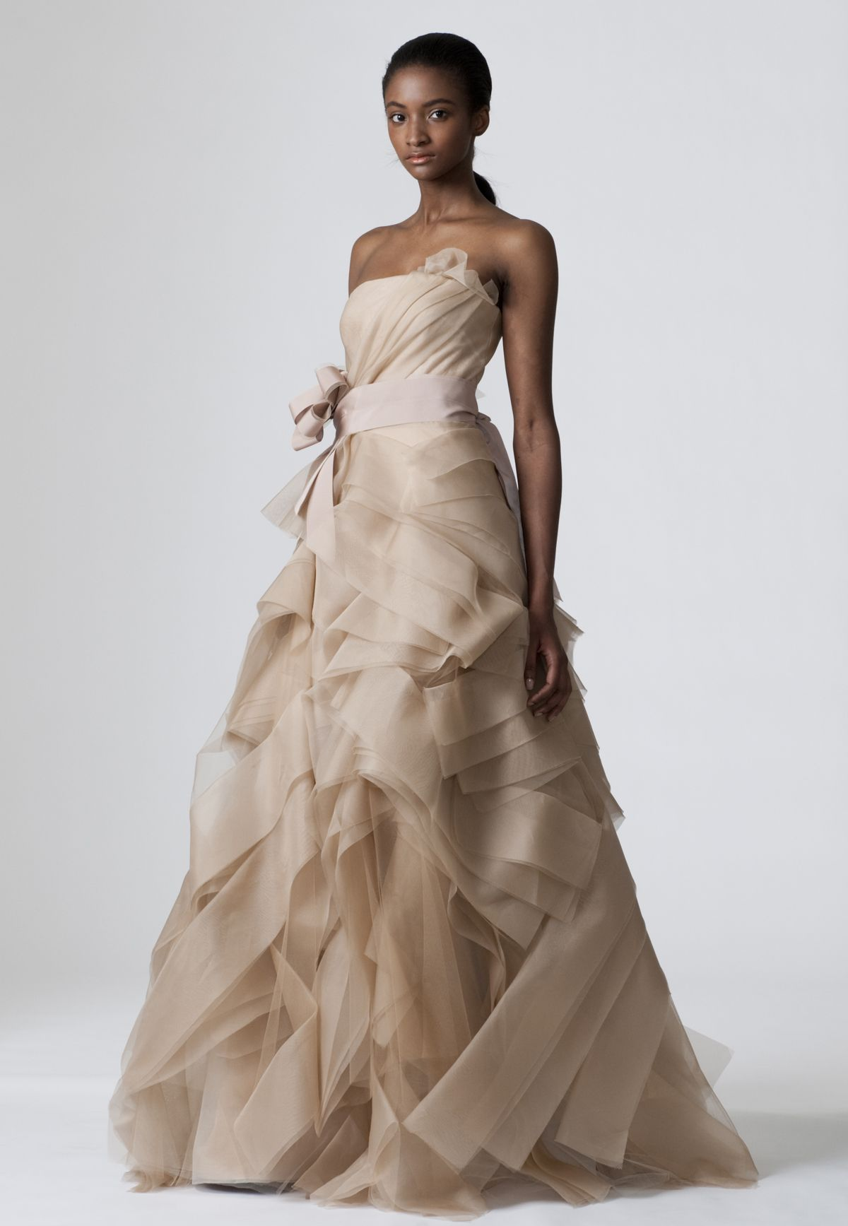 Con Otro Rollo Wedding Planner Vestidos de Novia de Color Vera Wang ...