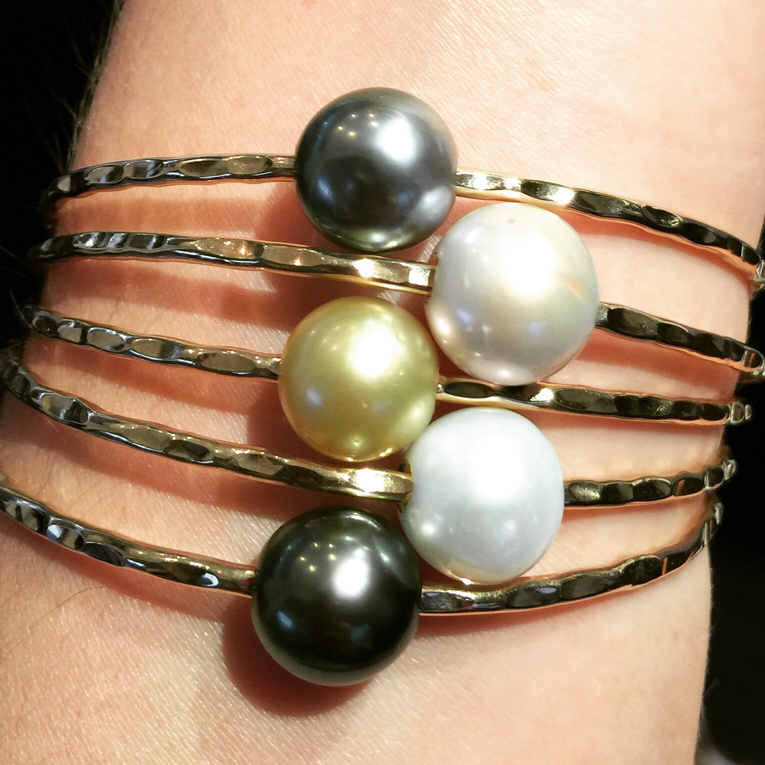Gorgeous & classy Pearl bangles by mishahawaii