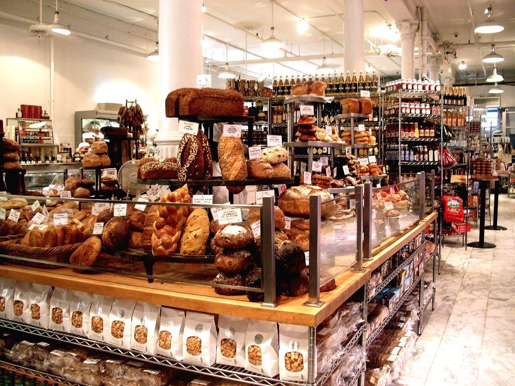 dean and deluca Google 検索 Retail store interior