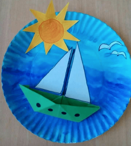 Boot auf Hoher See Basteln mit Papptellern für Kinder Best Picture For yatch Boats For Your Taste You are looking for something, and it is going to tell you exactly what you are looking for, and you d Kids Crafts, Boat Crafts, Ocean Crafts, Summer Crafts For Kids, Easy Diy Crafts, Toddler Crafts, Spring Crafts, Projects For Kids, Art For Kids