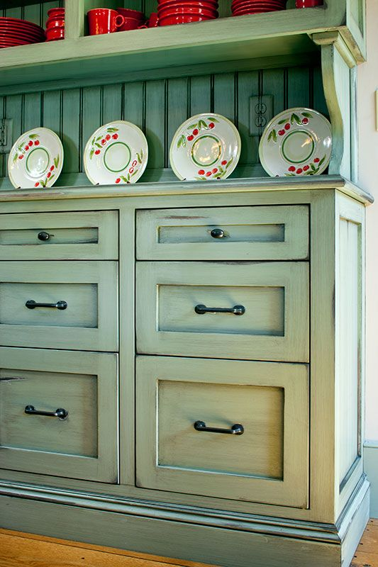 Painted Shaker Kitchen Cabinets