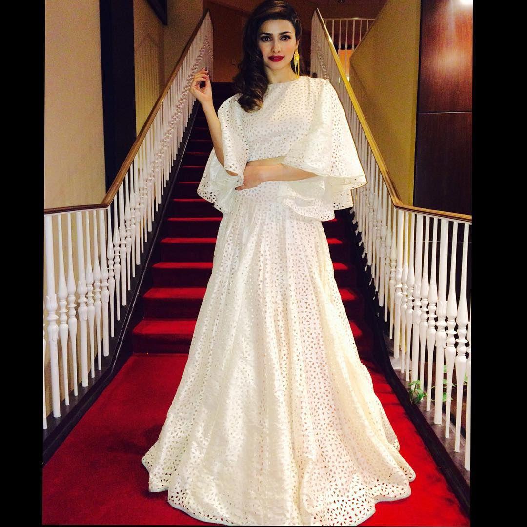 Playing dress up iwillpose redcarpet awardsnight outfit