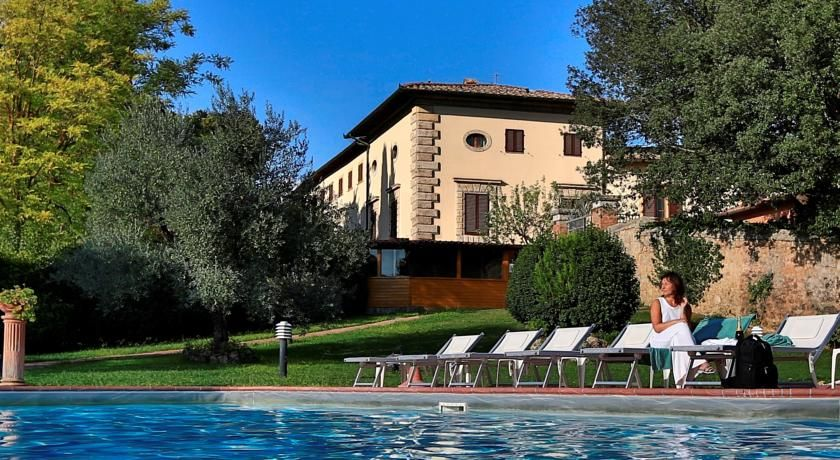 Hotel Villa San Lucchese Poggibonsi Set In The Hills Of Chianti Wine District This