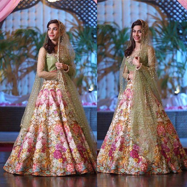 4b4a472d73 Nomi Ansari lengha | mehendi maiyun in 2019 | Fashion, Mehndi dress ...